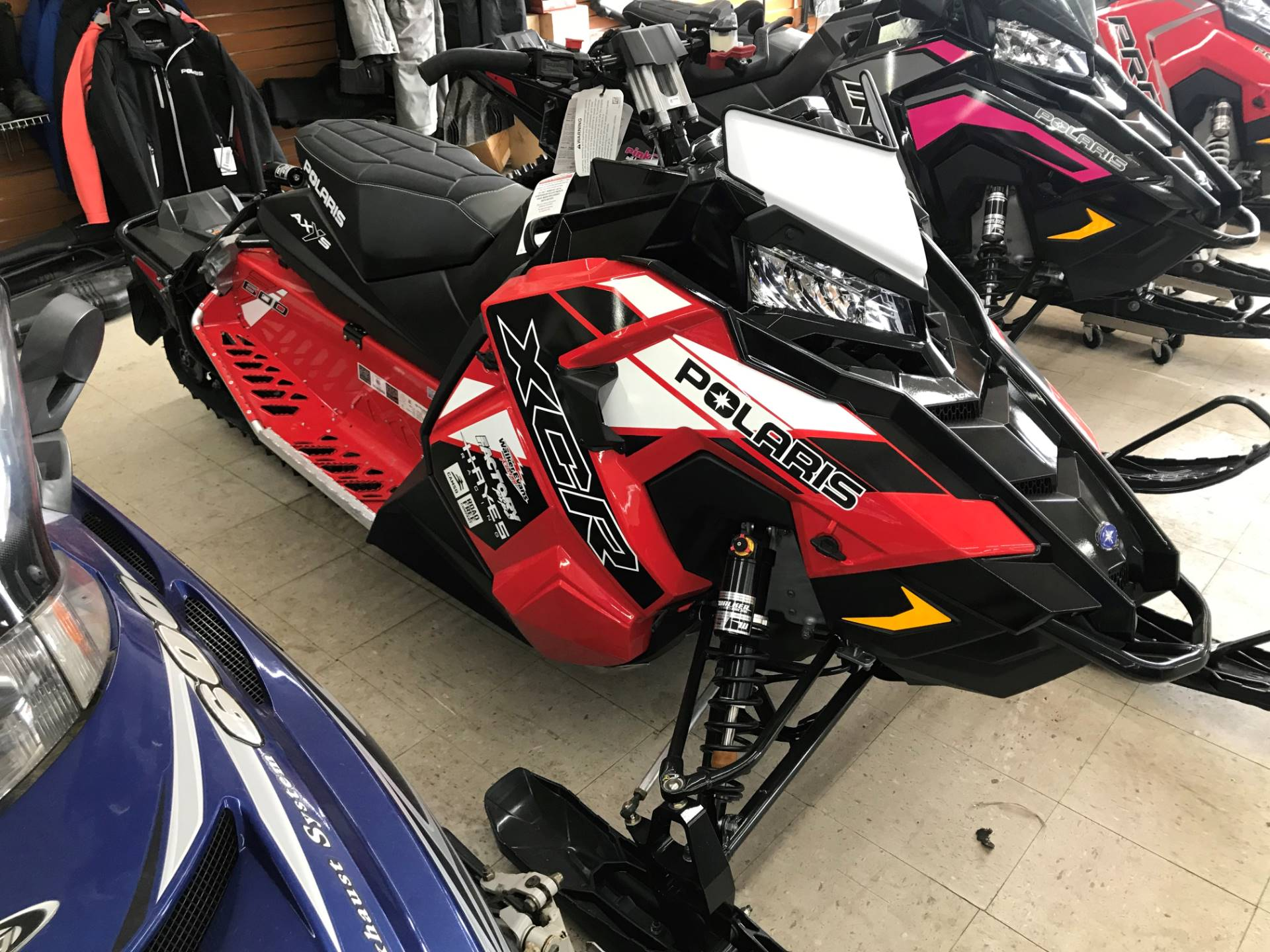 hight resolution of 2019 polaris 600 switchback xcr 136 snowcheck select in newport new york photo 1