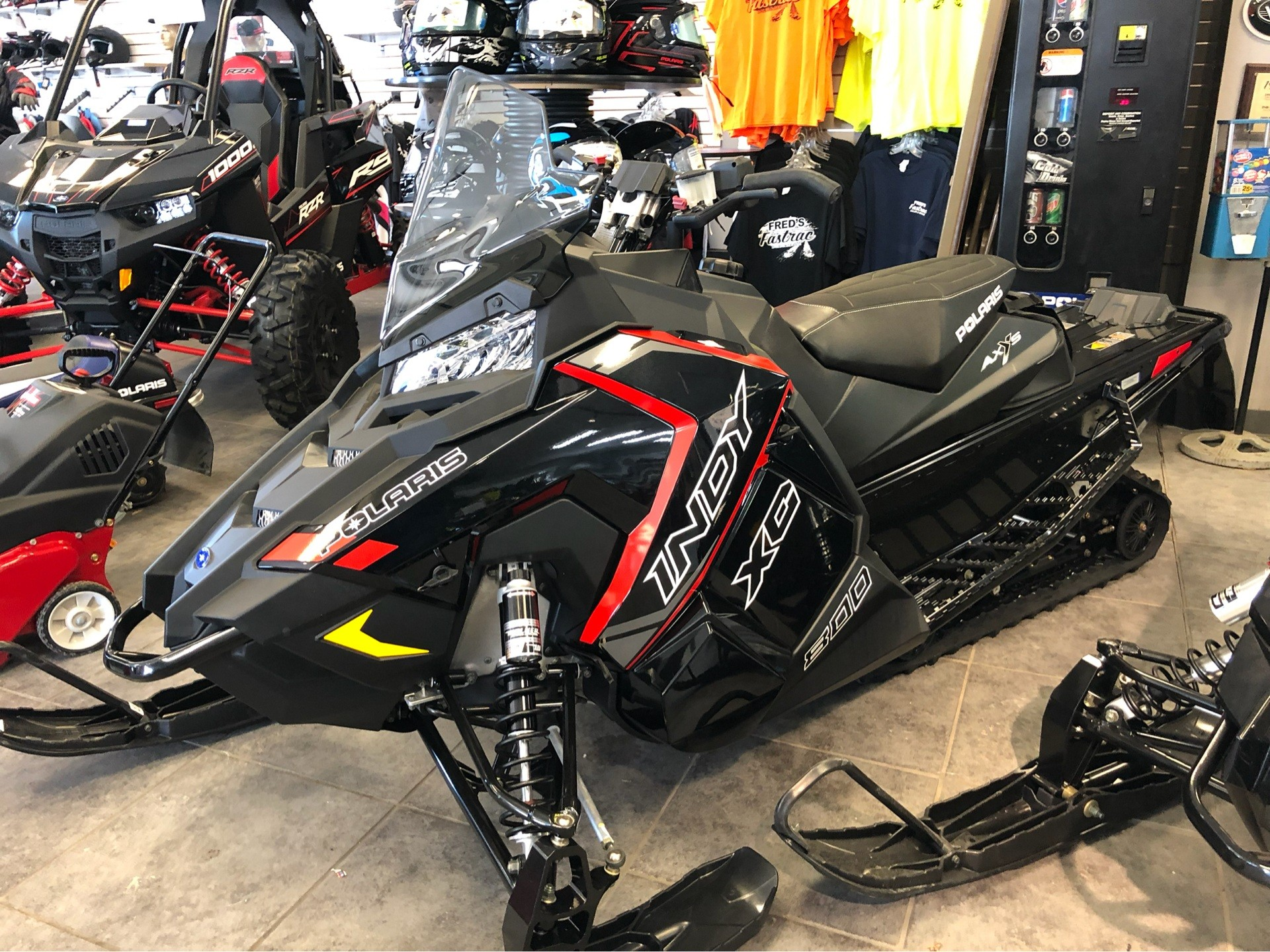 hight resolution of 2019 polaris 800 indy 129 xc 1 25 ripsaw ii es in fond du lac wisconsin