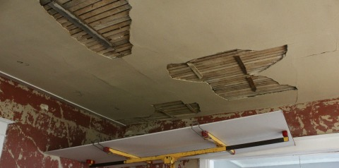 Replacing Living Room Ceiling1
