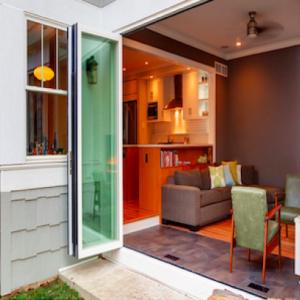 bi-fold-door-square
