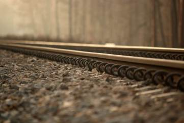 photo of train tracks