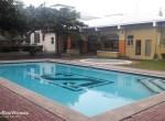 VG-swimming-pool