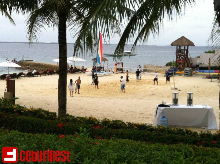The Bright Colors of Crimson Resort and Spa in Mactan | Cebu Finest