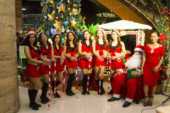 Christmas Tree Lighting and Holiday Sale at Crown Regency in Cebu | Cebu Finest