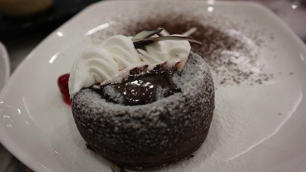 Café Mezzo highlights fusion food with a pinch of minimalism | Cebu Finest