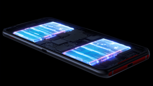 Dual Batteries – 2500mAh each for a total of 5000mAh capacity – are located on the sides of the phone where gamers' hands would rest while the warm logic board is placed in the center. | CebuFinest