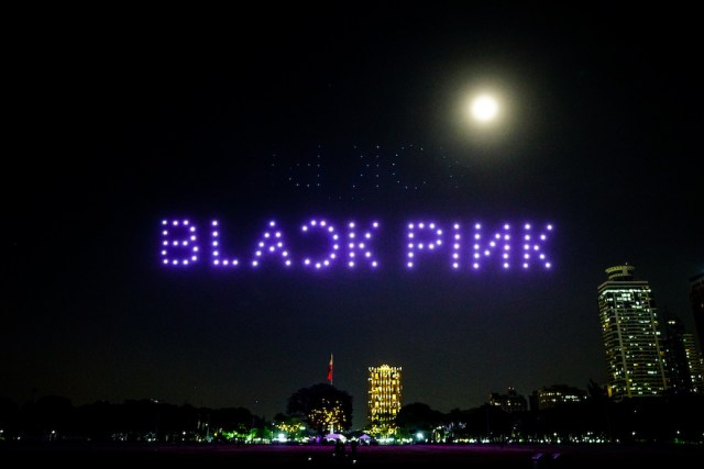 Globe lights up the sky with 'The Opening Act' Drone Show for BLACKPINK online concert | CebuFinest