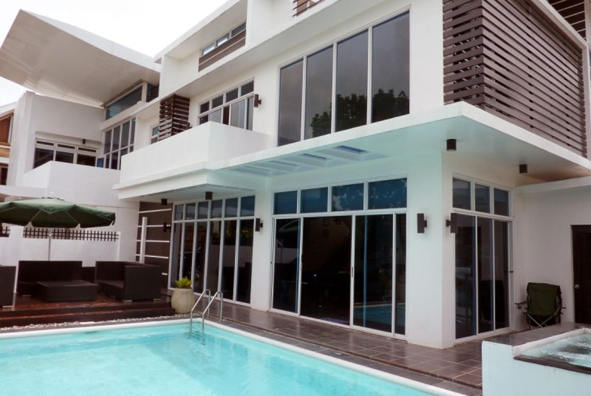 SRB47 5 Bedroom House for Sale in Royal Cebu Estates Cebu City Cebu Grand Realty(3)