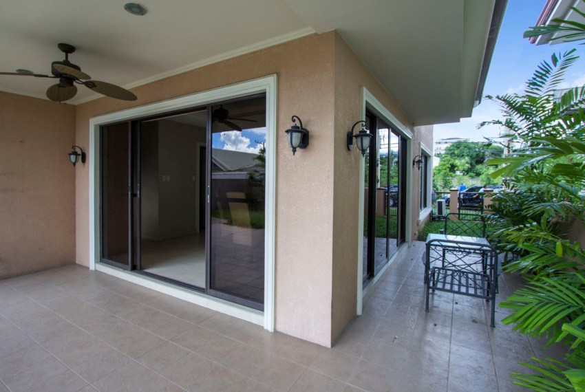 RH335 Spacious 3 Bedroom House for Rent in Banilad Cebu Grand Re