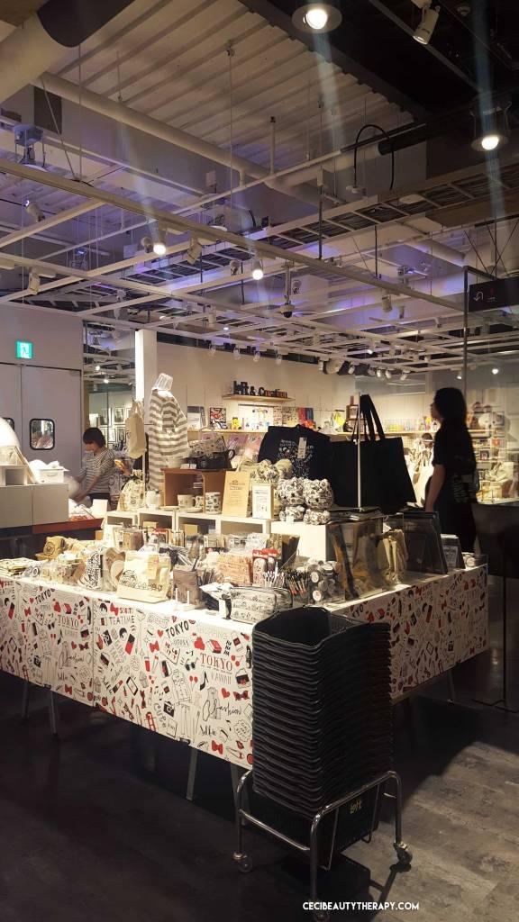 Tokyo_Japan_Shopping_Guide_LOFT