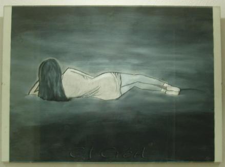 peinture d une femme allongee sur un sol en degrade de gris