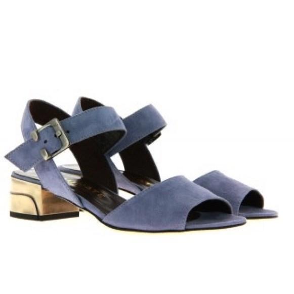 sandal 3.jpg