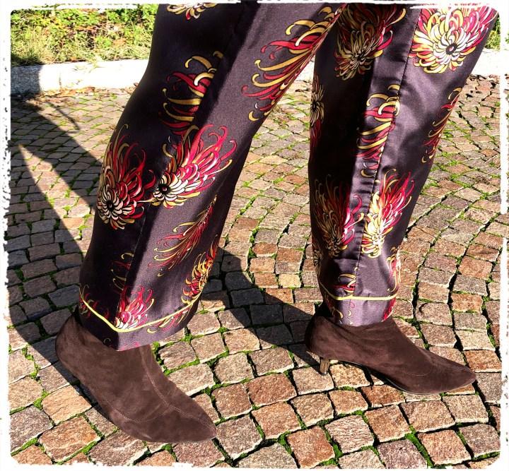 bruna skor.jpg