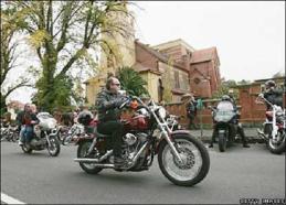 _41385645_bikers_getty416