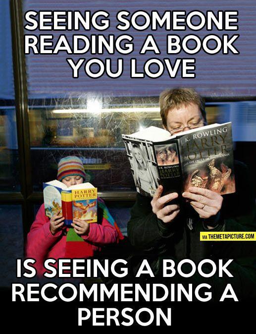 Alguien leyendo un libro que amas
