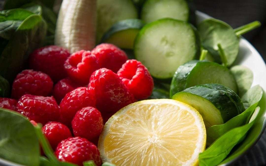 Raspberry-Cucumber Green Smoothie