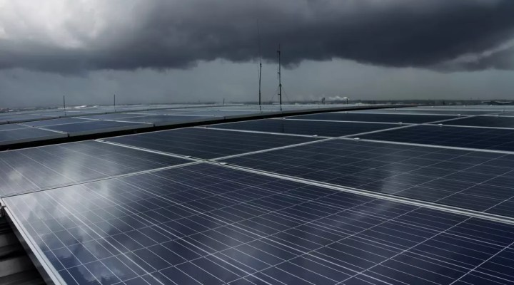 What Happens to Solar Panels on Cloudy Days? | Cedar Creek Energy