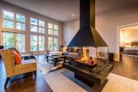 modern-homes-center-fireplace - Custom Cedar Homes & House ...