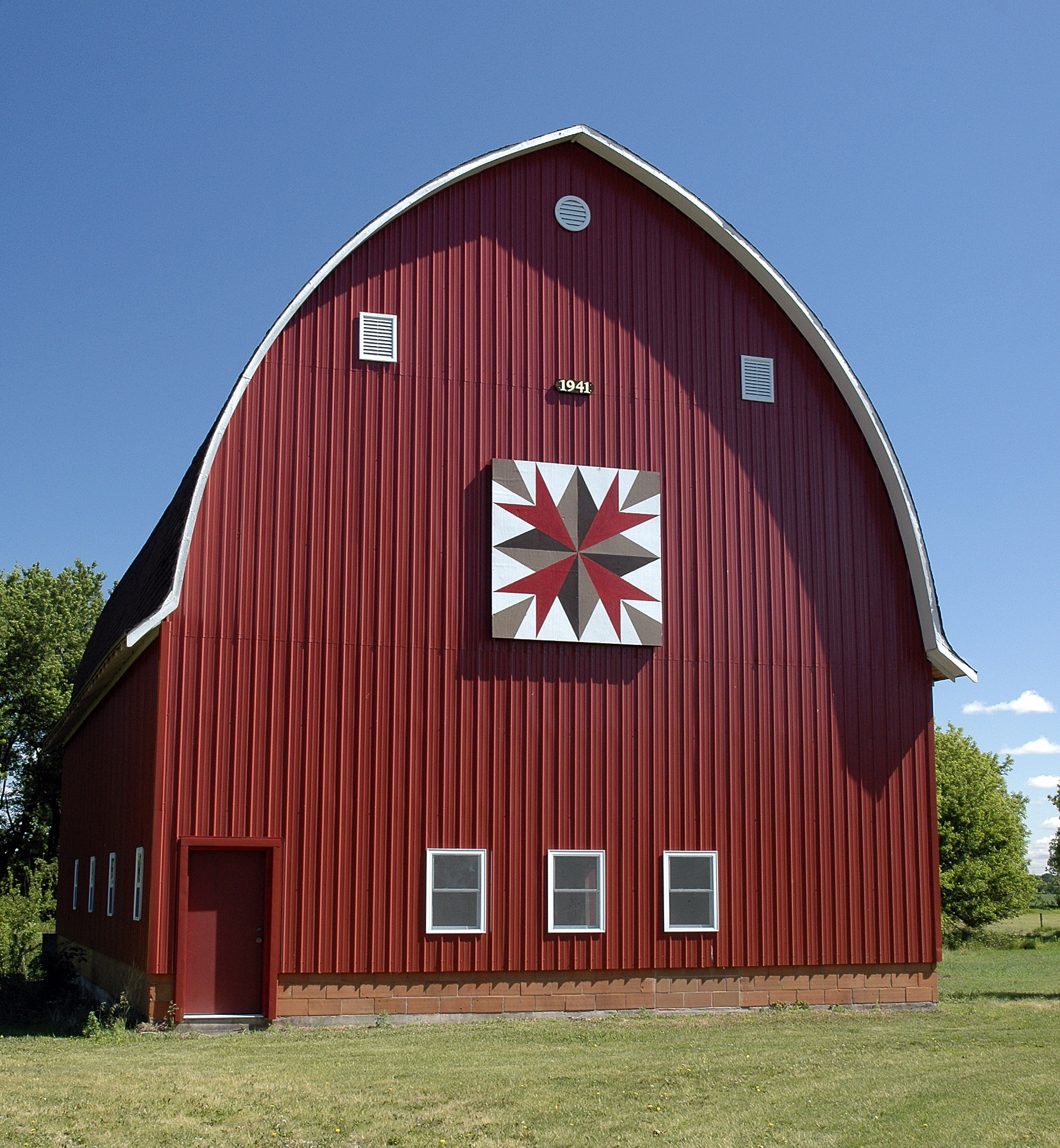 Things To Do Barn Quilts Of Black Hawk County Tour