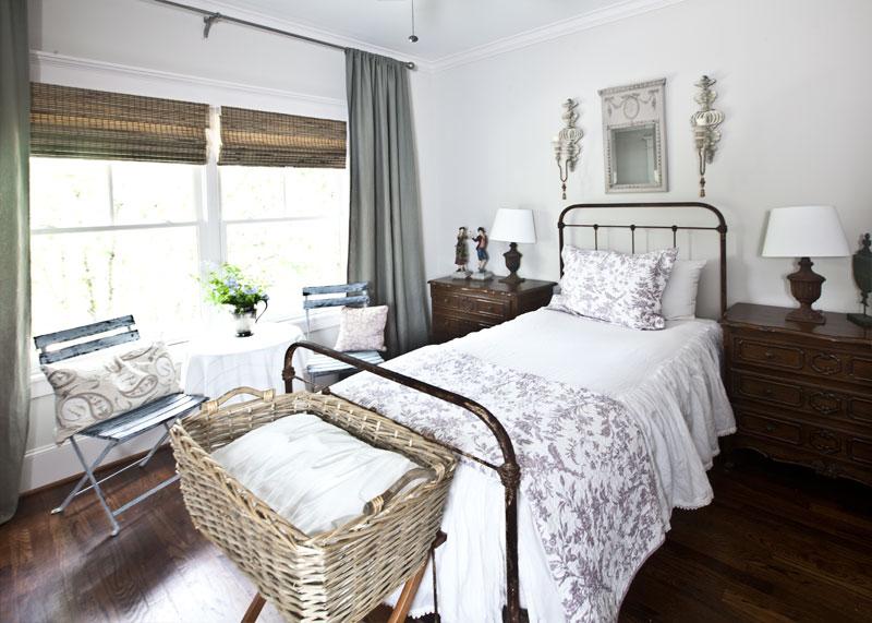 One Bed 4 Ways Cedar Hill Farmhouse