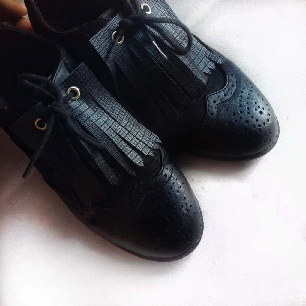 unisex brogues shoe with tassels diy, how to make a tassel shoe