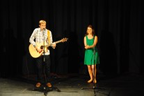 Last year's winners Brandon Hatch and Allison Beach sing a duet while votes are taken and counted. (Photo: Kari Barnhill)