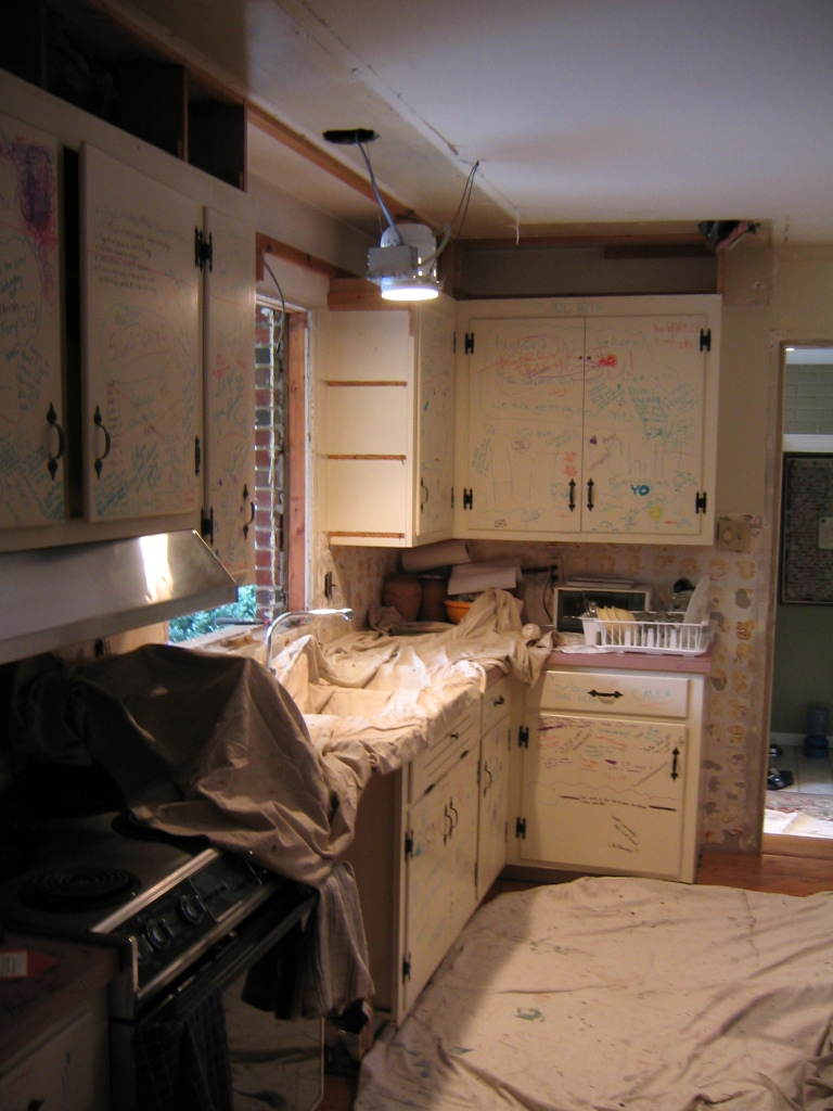 who can paint kitchen cabinets in lancaster, pa