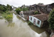 hurricane-superstorm-sandy-hits-neighborhood-cuba_60729_600x450