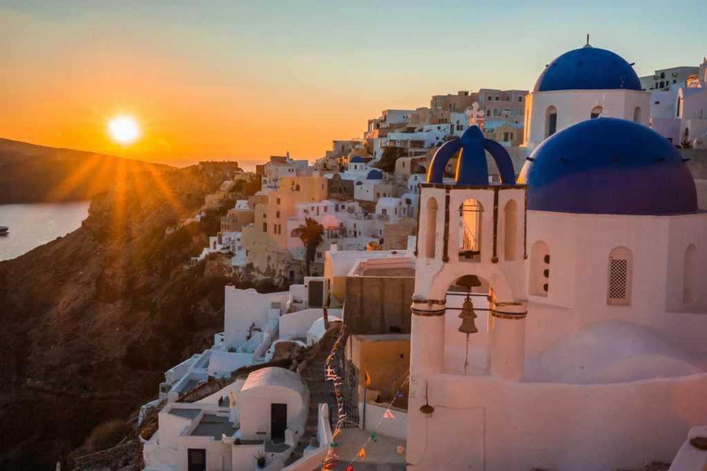 Santorini, Greece – Sceptre
