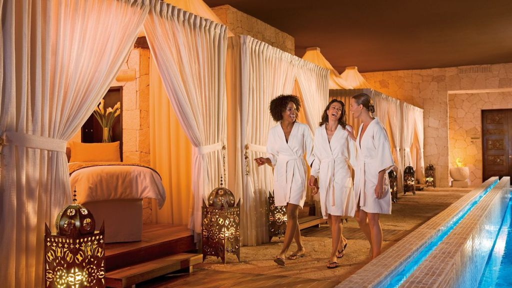 SEMRC_GIRLFIENDS_GETAWAY_SPA_2
