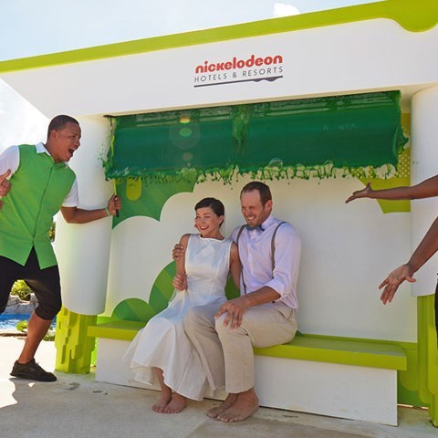 img-nickelodeon-punta-cana-wedding-slime-nickelodeon-touch-weddings