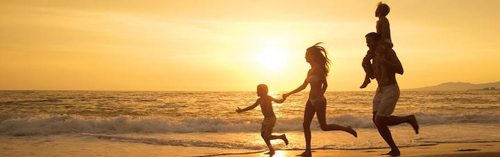 noapv_family_beach_sunset1_1