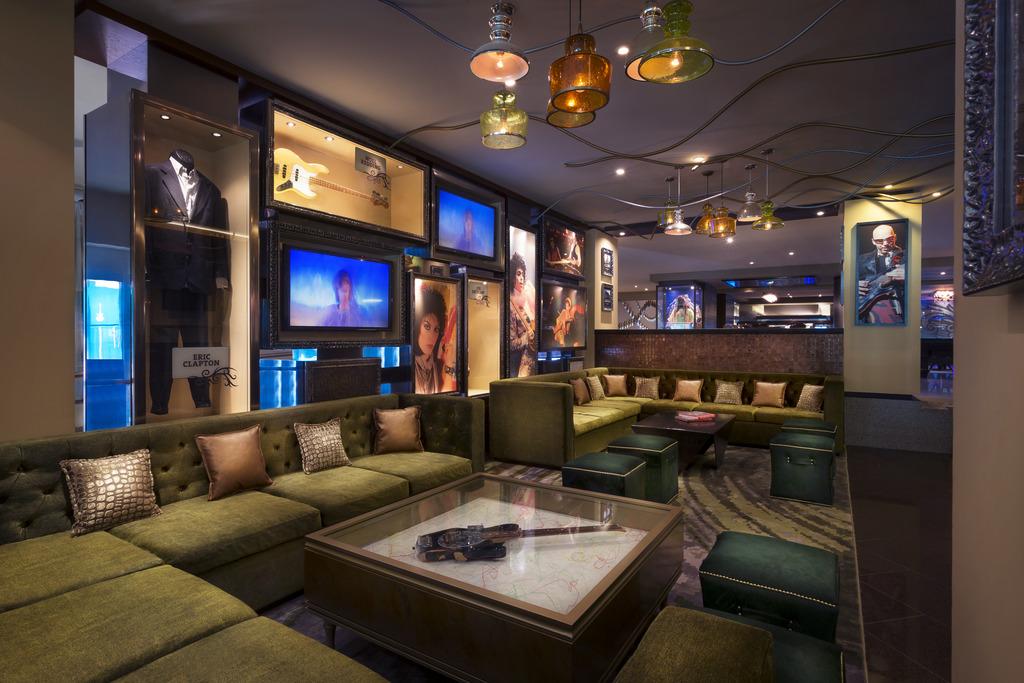 HRH Cancun Lobby_Seating 120612