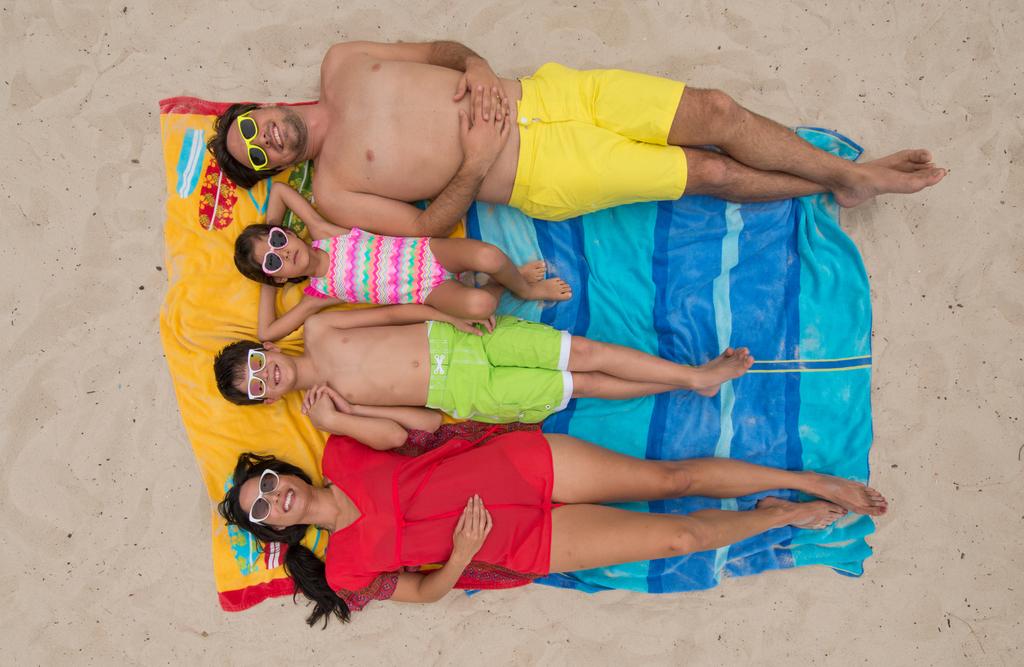 HRH Lifestyle-Beach_Family-3446-020414