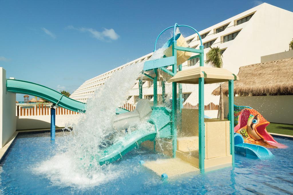 Hyatt-Ziva-Cancun-Kidz-Club-Pool