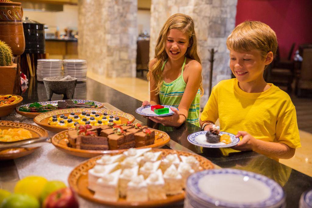 Hyatt-Ziva-Los-Cabos-El-Molino-Kids-Buffet