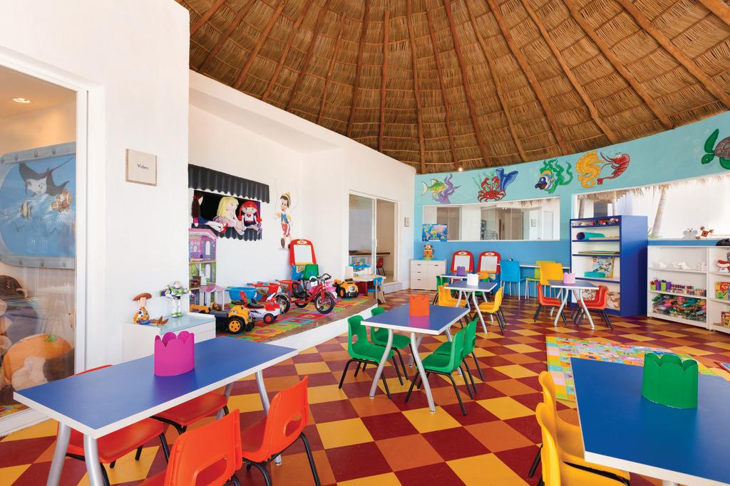 Hyatt-Ziva-Puerto-Vallarta-Kidz-Club
