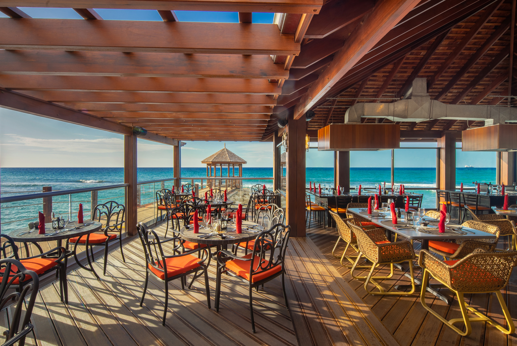 Jewel-Grande-Montego-Bay-Pierside-Restaurant.