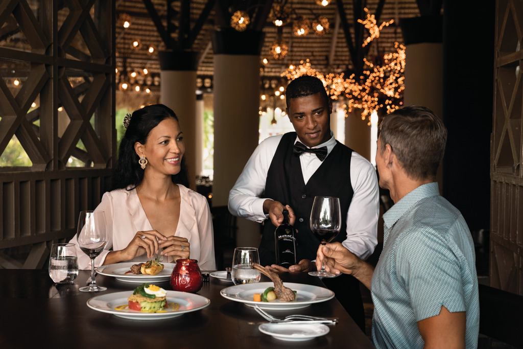 LRMDO_Noor_Restaurant_Mediterranean_02