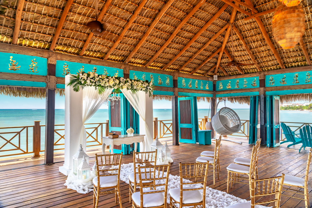 Sanctuary-Cap-Cana-Blue-Marlin-Wedding-Ceremony-Setup-2