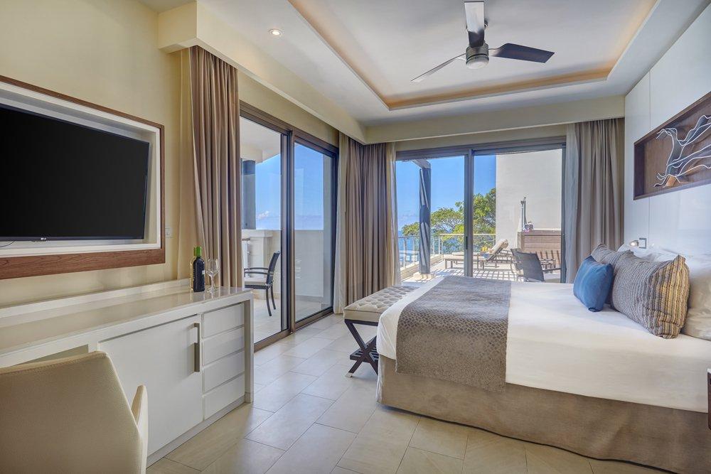 grand_lido_luxury_penthouse_one_bedroom_suite_oceanview_(13)