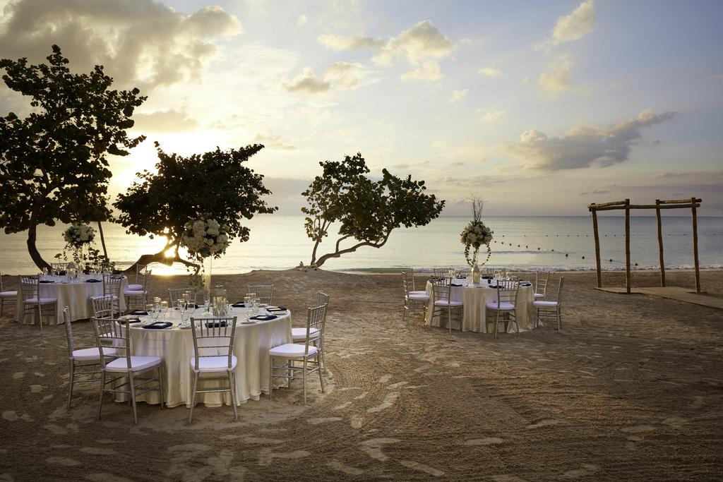 azul – Beach Wedding Reception Jamaica