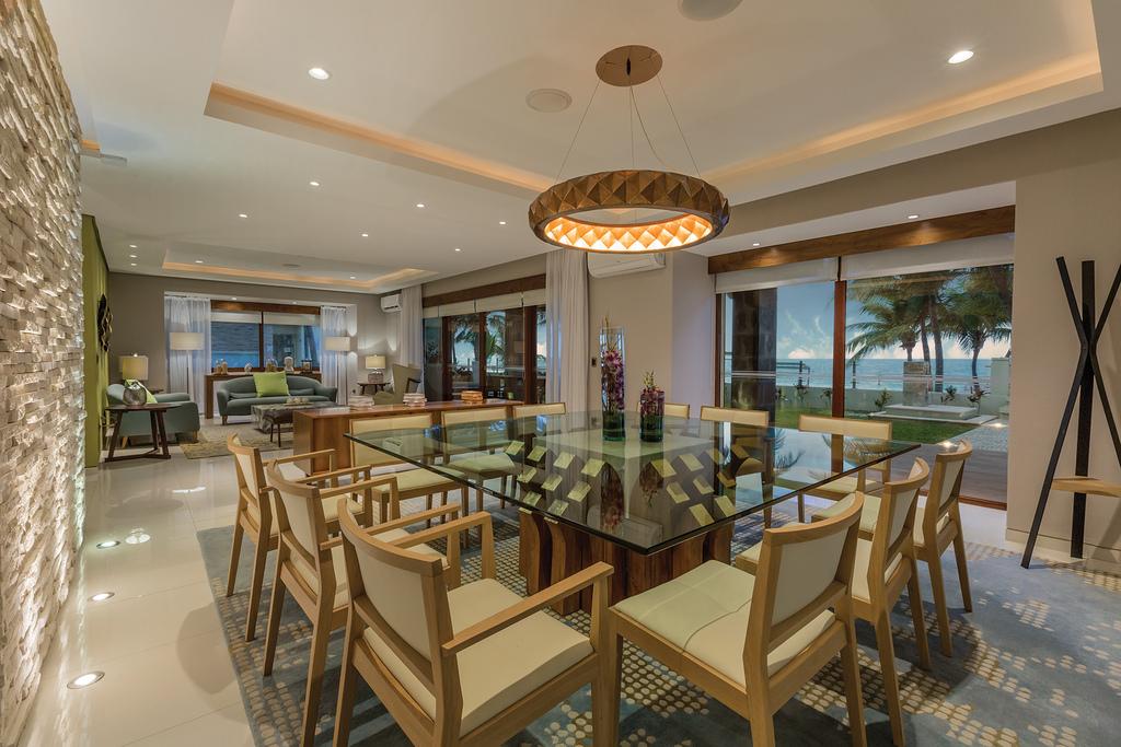 Villa-Esmeralda-Dining-Room1