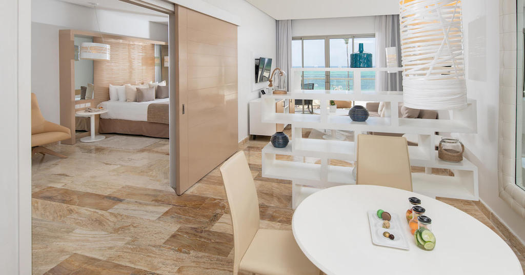 1053ParadisusPalmaReal-TR-The Reserve Beach Ocean Front Suite
