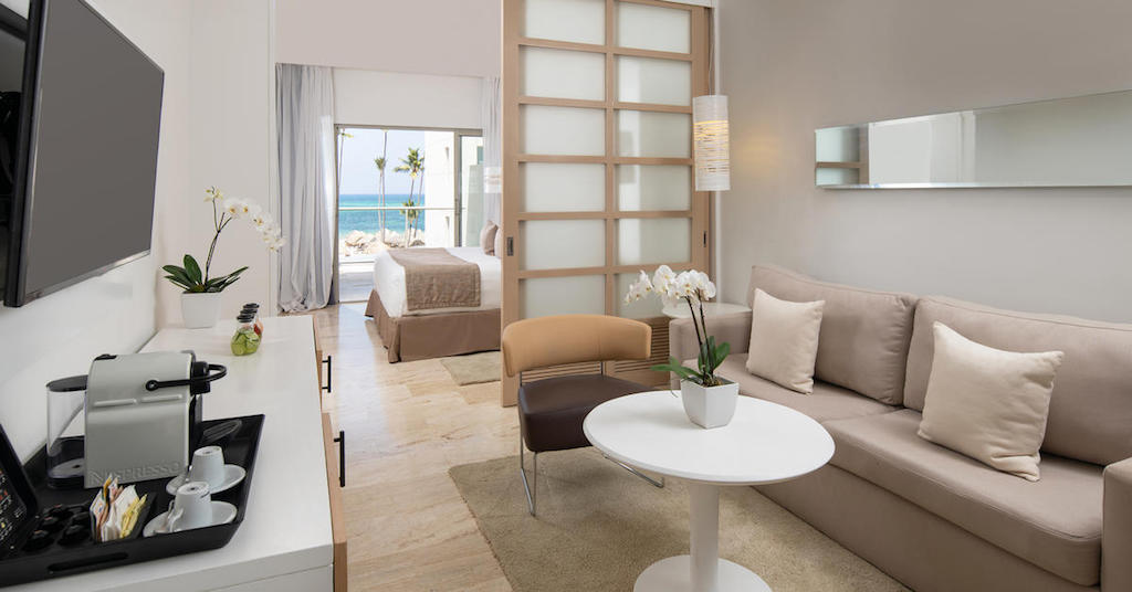 1306aParadisusPalmaReal-TR-The Reserve Beach Luxury Junior Suite Ocean View