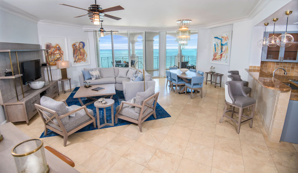 88-seven-stars-accommodations-oceanfront-grand-salon-6-5c8a993dc89d7