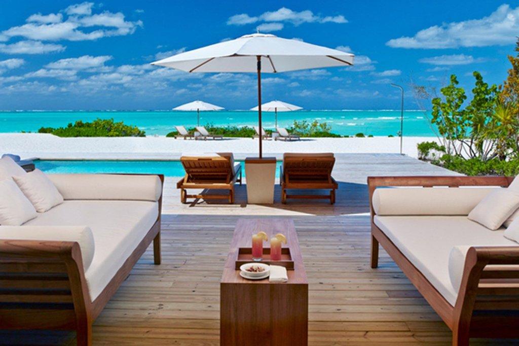 tt-_055026_52159503_two_bedroom_beach_house_pool_deck_2