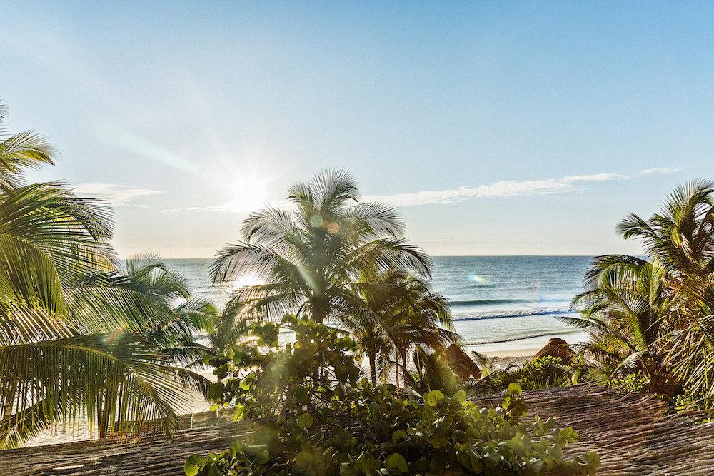 yy-la-valise-tulum-Central+Beachfront+View+2+baja