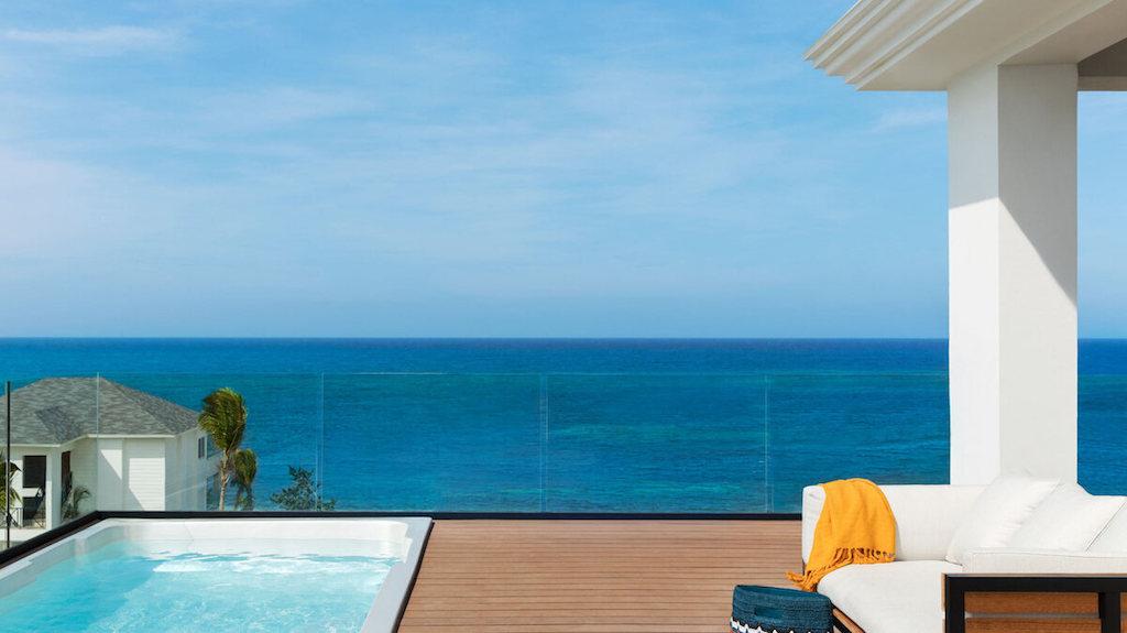 EXOB_imperial-suites-ocean-front-in-montego-bay-jamaica-877