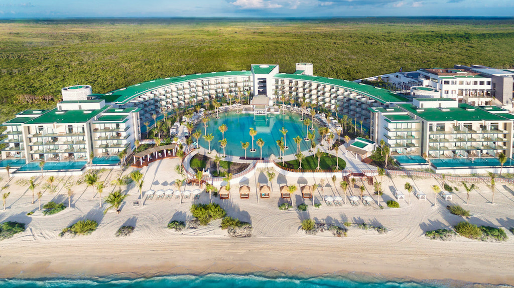 cta_Haven_riviera-cancun-pool-signature_orig